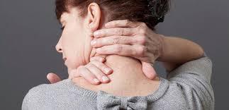 Hos äldre barn återkommande smärta, förutom paroxysmal huvudvärk