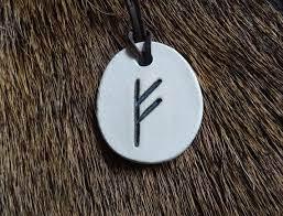 Fehu Amulet - i flashback - funkar det - forum - recension